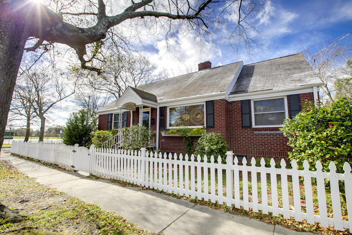 79 Hester Street Charleston, SC 29403