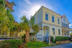 60 Pitt Street, Charleston, SC 29401