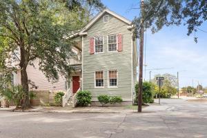 22 Cooper Street, Charleston, SC 29403