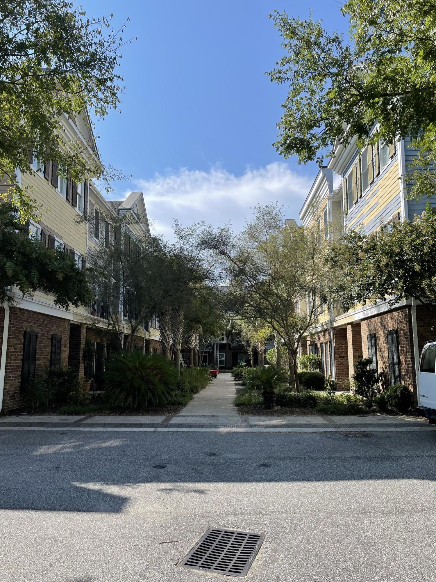Six Fifty Six Coleman Homes For Sale - 656 Coleman Boulevard, Mount Pleasant, SC - 20