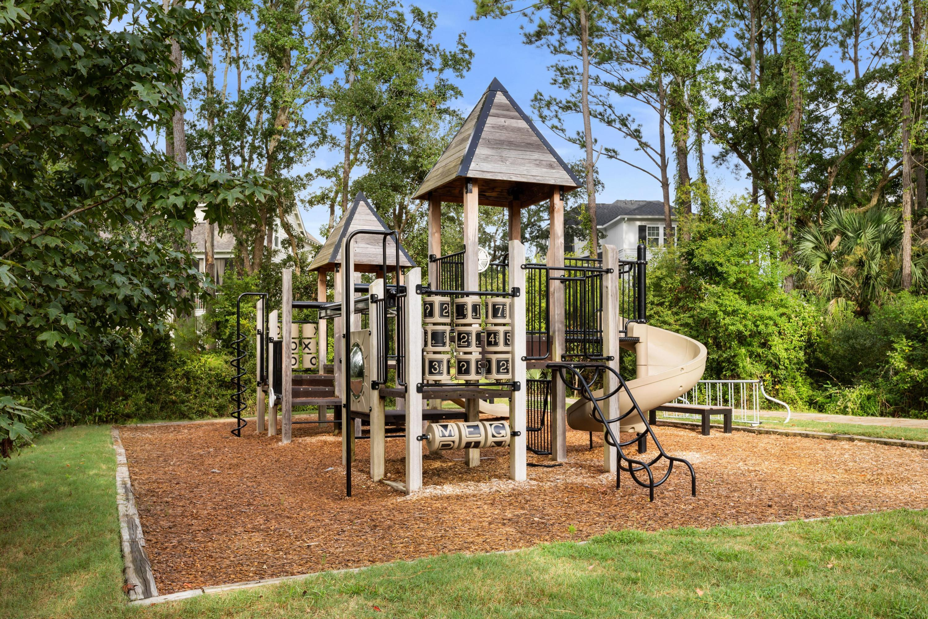 Stratton by the Sound Homes For Sale - 1400 Stratton, Mount Pleasant, SC - 20