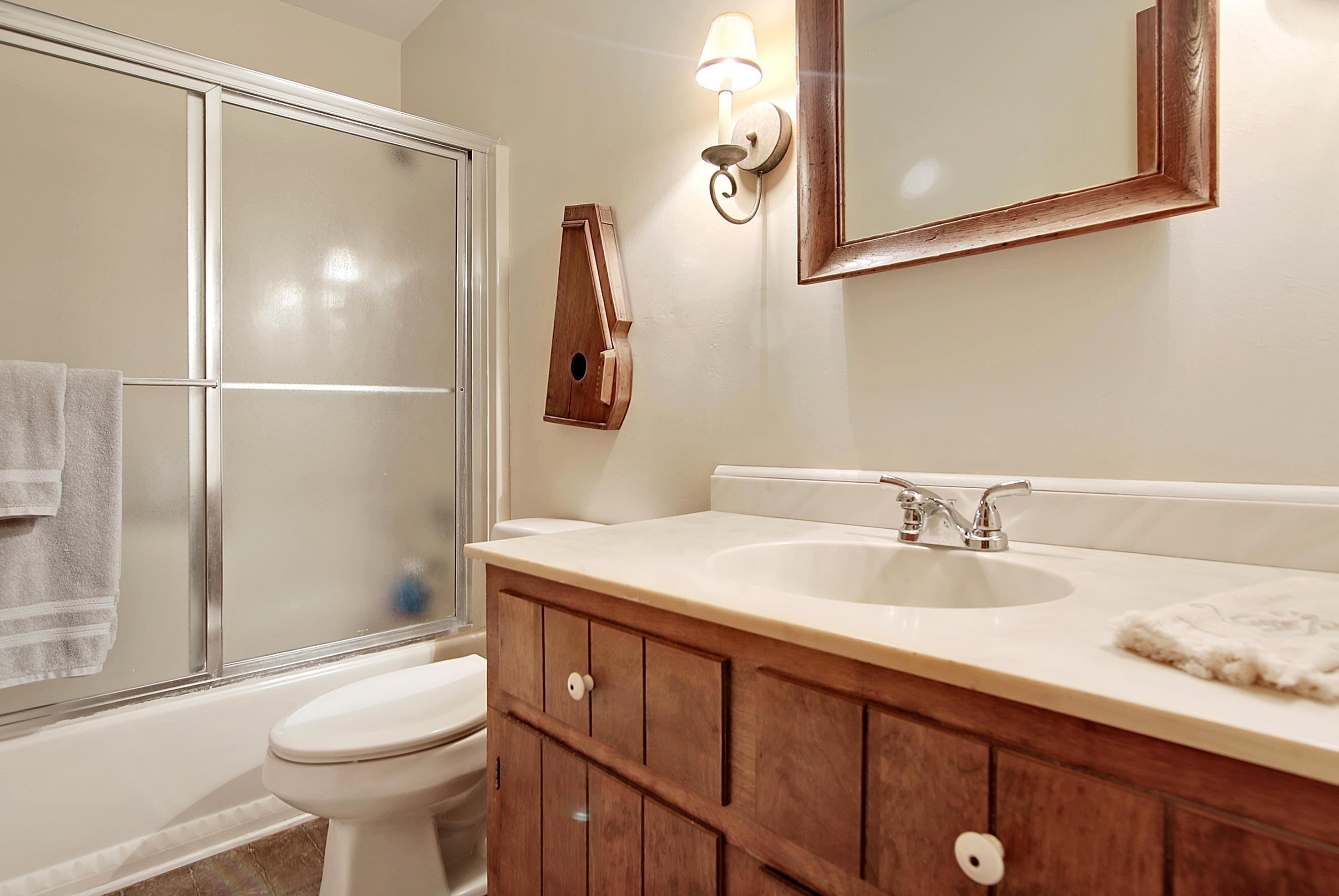 Snee Farm Homes For Sale - 913 Austin, Mount Pleasant, SC - 57