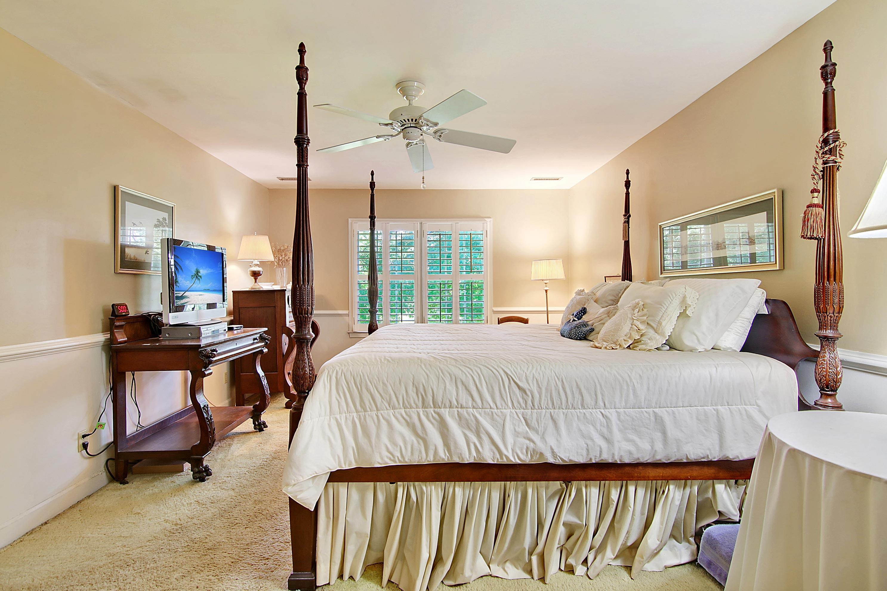 Snee Farm Homes For Sale - 913 Austin, Mount Pleasant, SC - 65