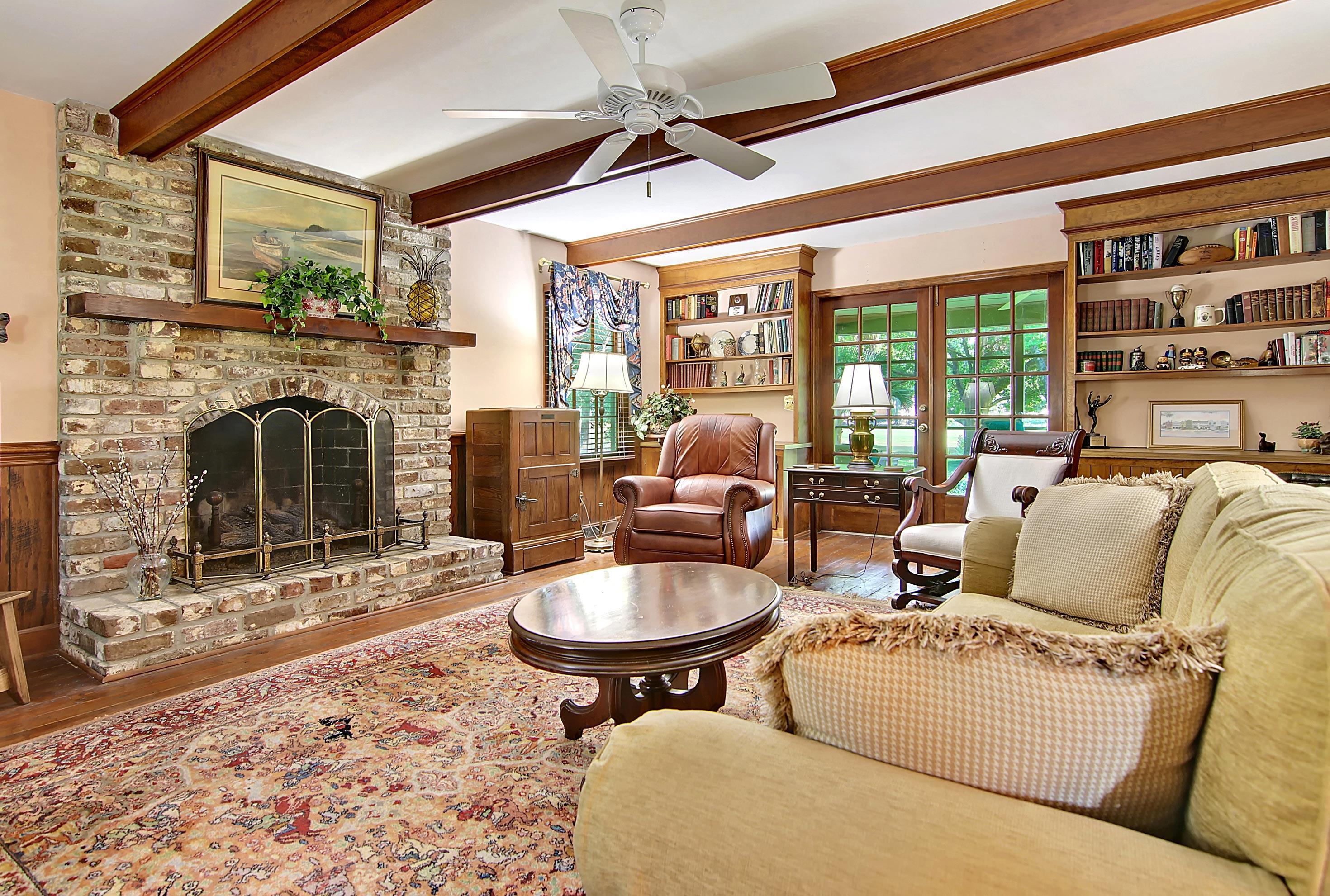 Snee Farm Homes For Sale - 913 Austin, Mount Pleasant, SC - 23