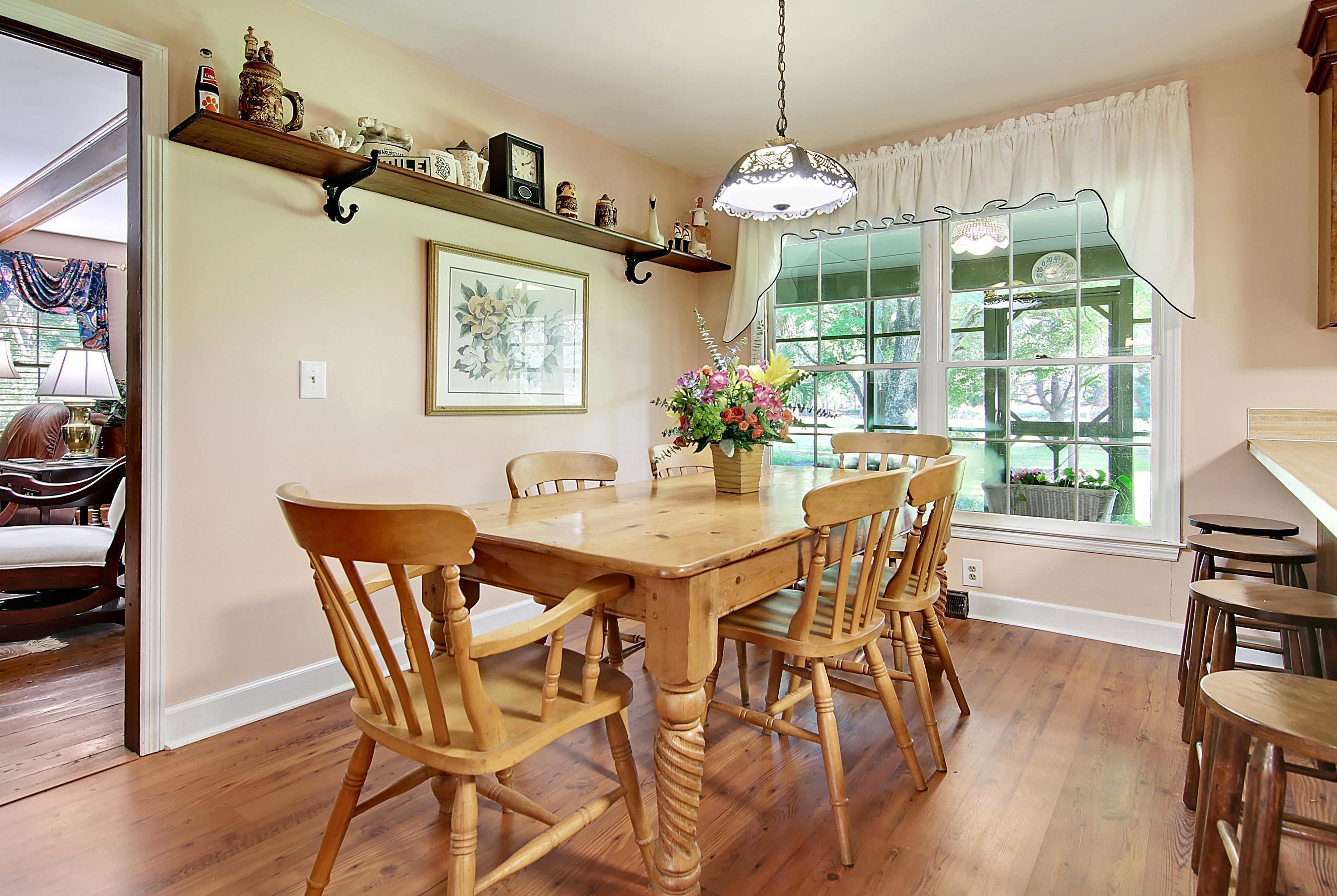 Snee Farm Homes For Sale - 913 Austin, Mount Pleasant, SC - 17