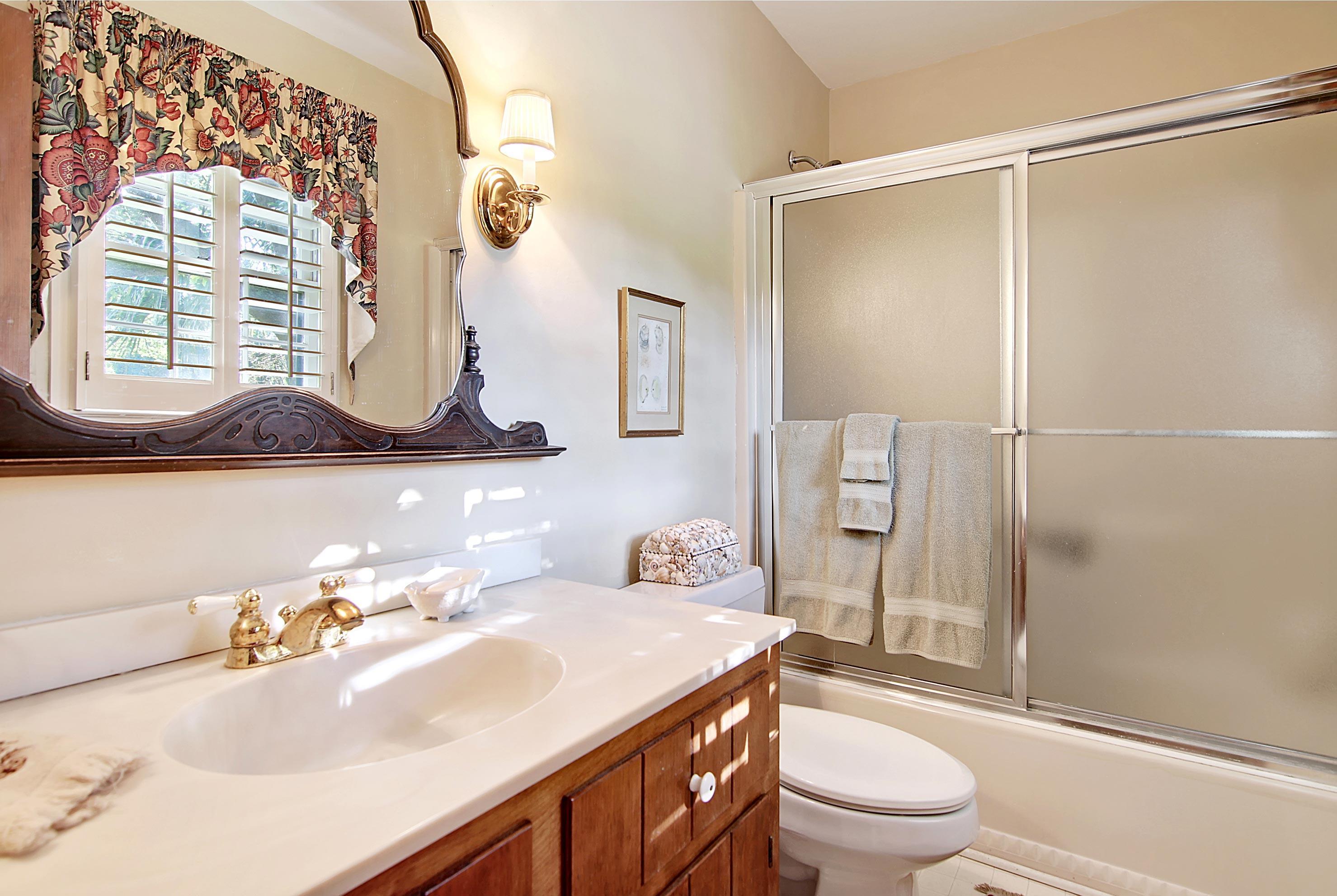 Snee Farm Homes For Sale - 913 Austin, Mount Pleasant, SC - 2
