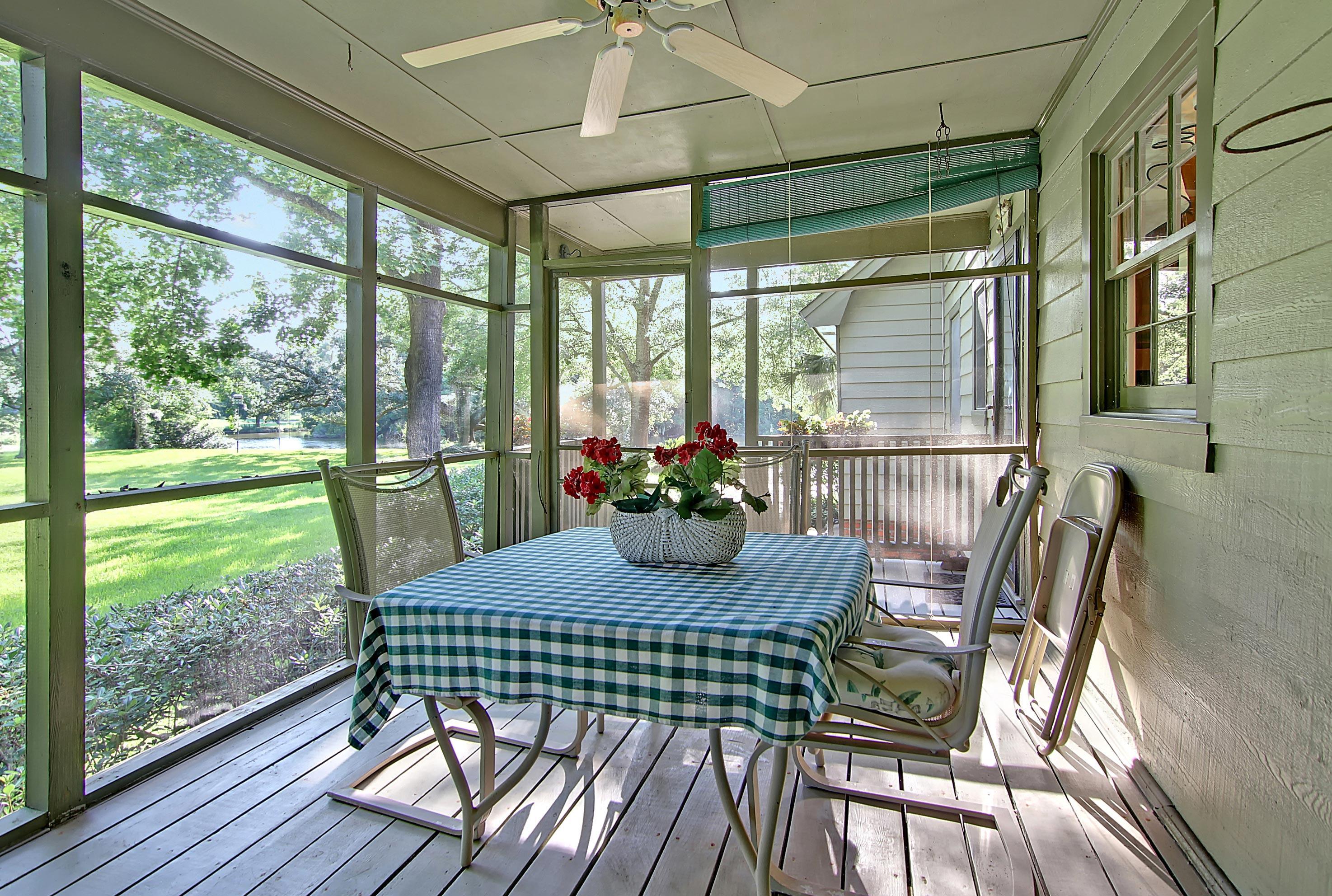 Snee Farm Homes For Sale - 913 Austin, Mount Pleasant, SC - 50