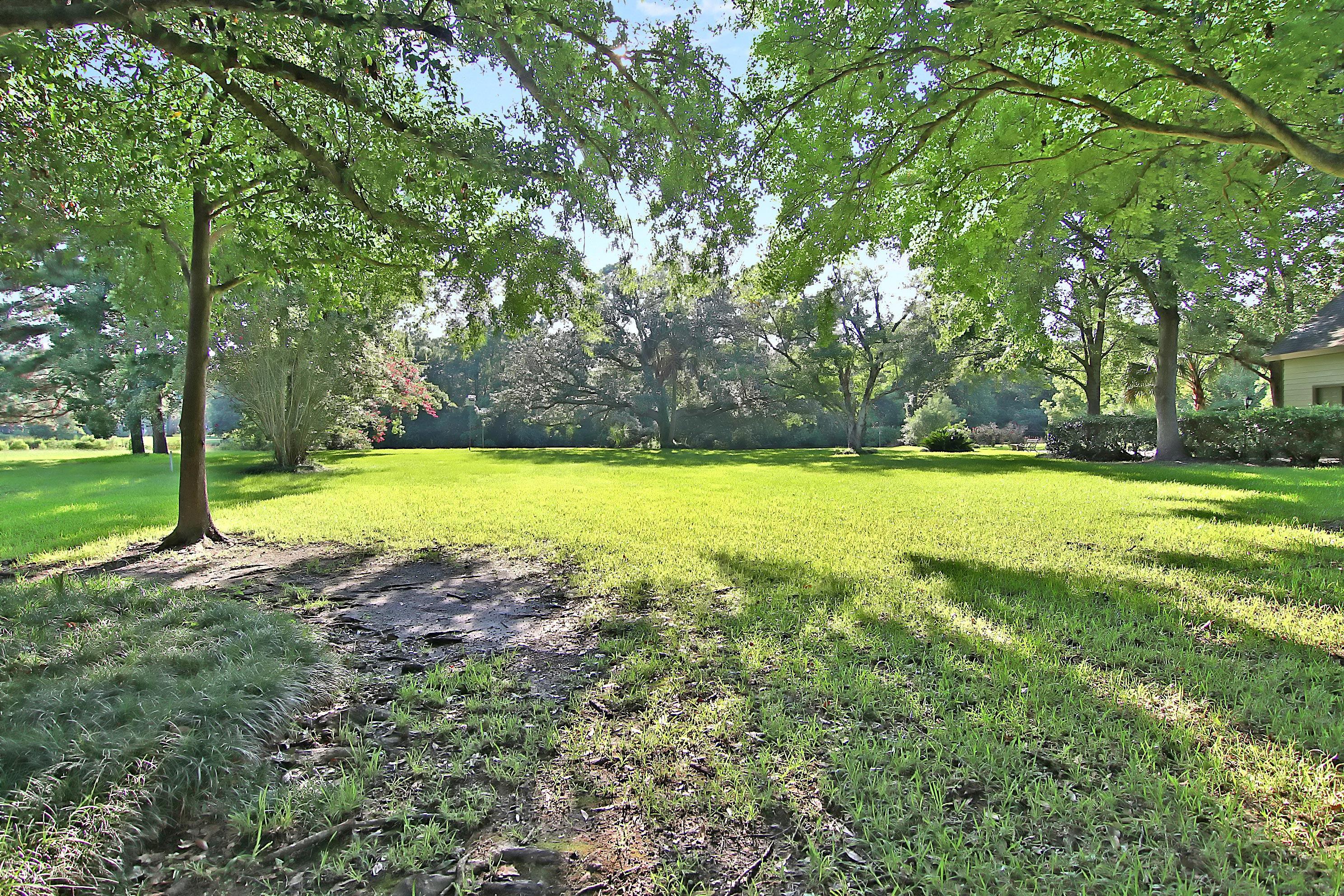 Snee Farm Homes For Sale - 913 Austin, Mount Pleasant, SC - 27