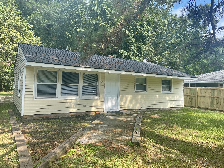 2316 Falcon Road North Charleston, SC 29406