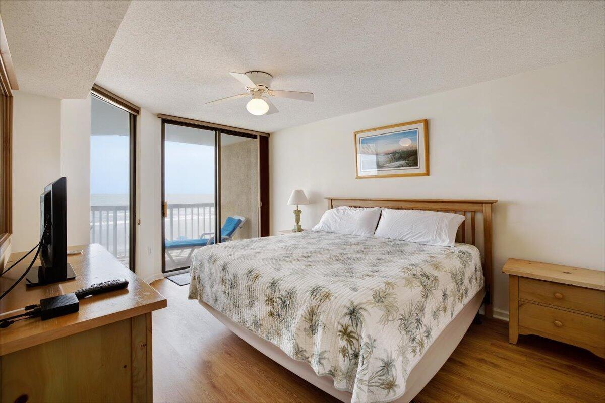 201 W Arctic Avenue UNIT #208 Folly Beach, SC 29439