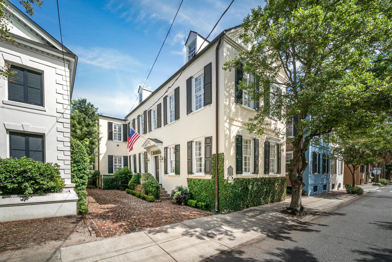 32 Wentworth Street Charleston, SC 29401