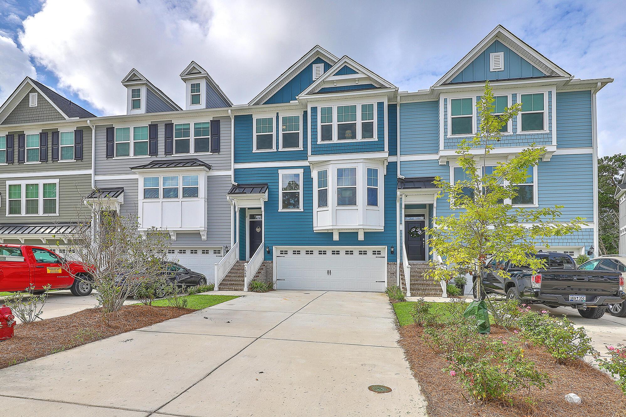 Park West Homes For Sale - 1548 Moss Spring, Mount Pleasant, SC - 5