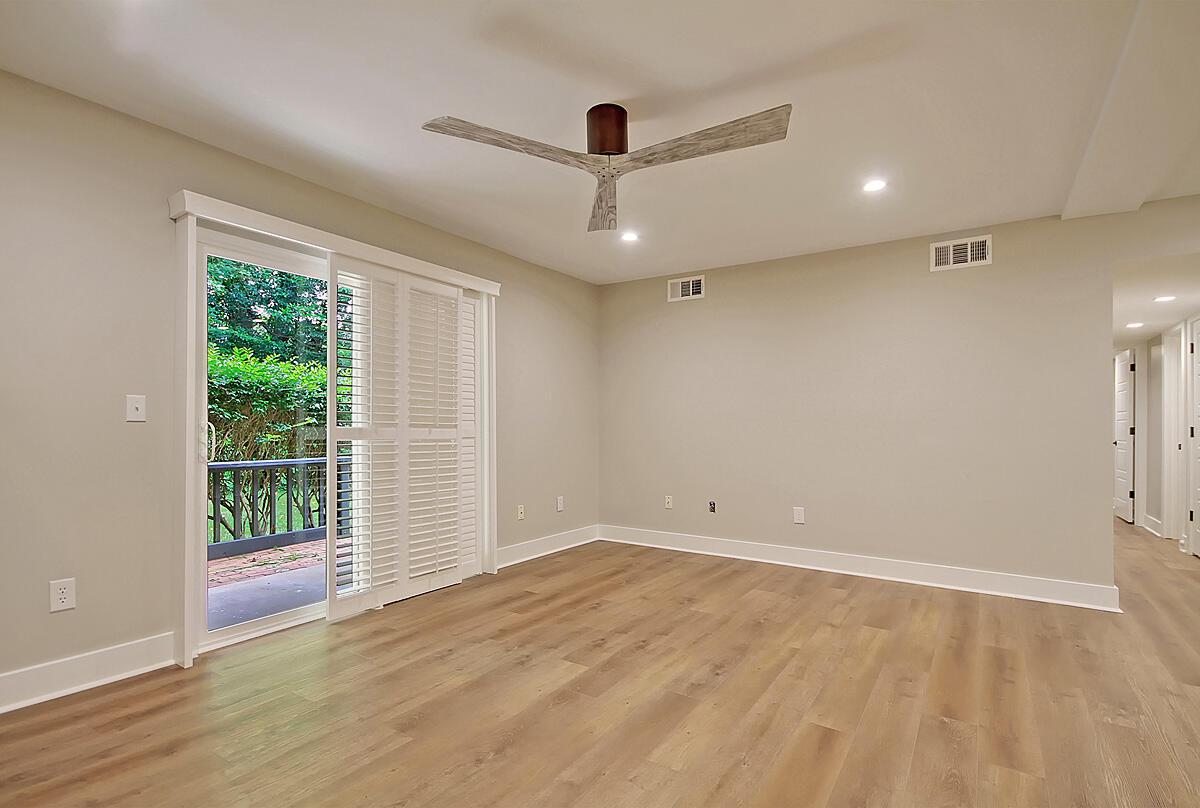 Hibben Ferry II Homes For Sale - 1054 Anna Knapp, Mount Pleasant, SC - 18
