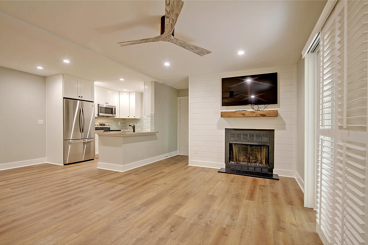 Hibben Ferry II Homes For Sale - 1054 Anna Knapp, Mount Pleasant, SC - 26