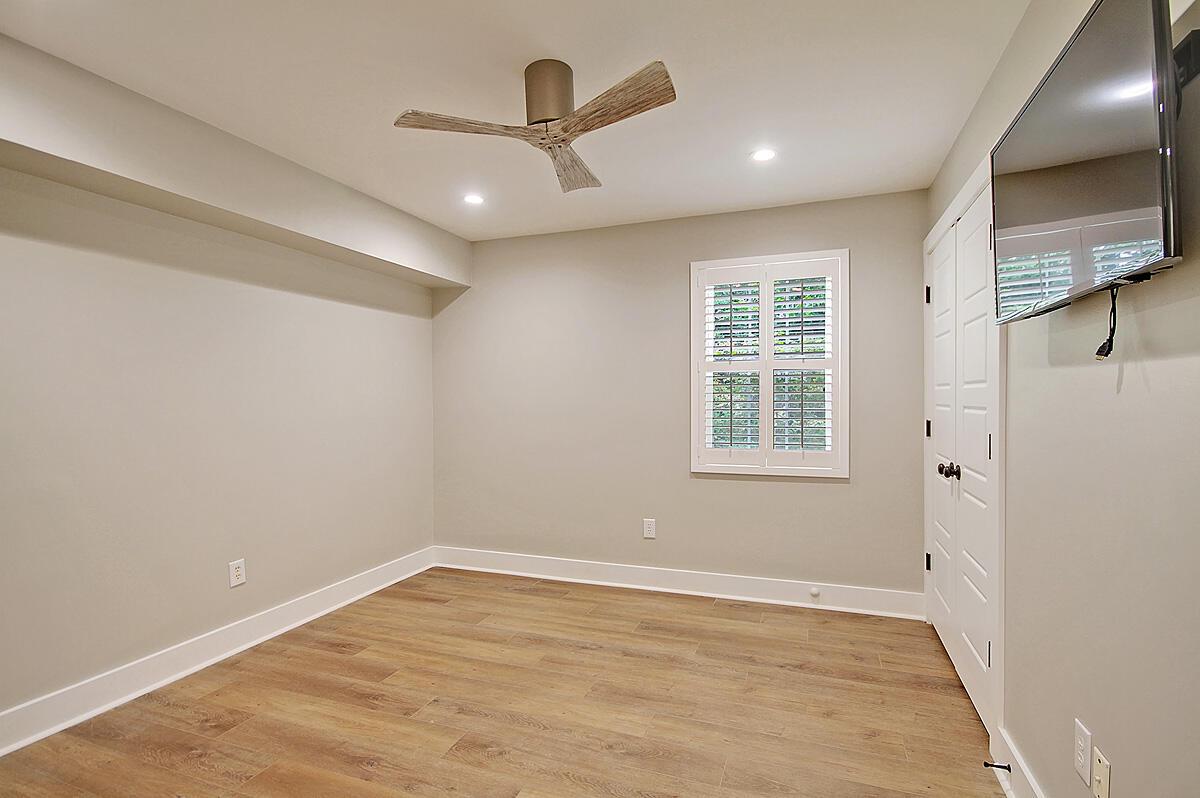 Hibben Ferry II Homes For Sale - 1054 Anna Knapp, Mount Pleasant, SC - 11