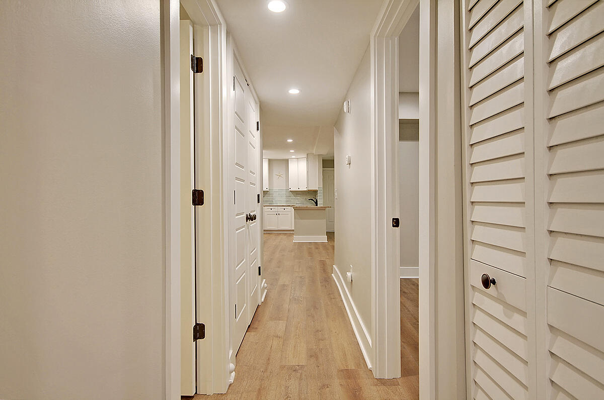 Hibben Ferry II Homes For Sale - 1054 Anna Knapp, Mount Pleasant, SC - 6