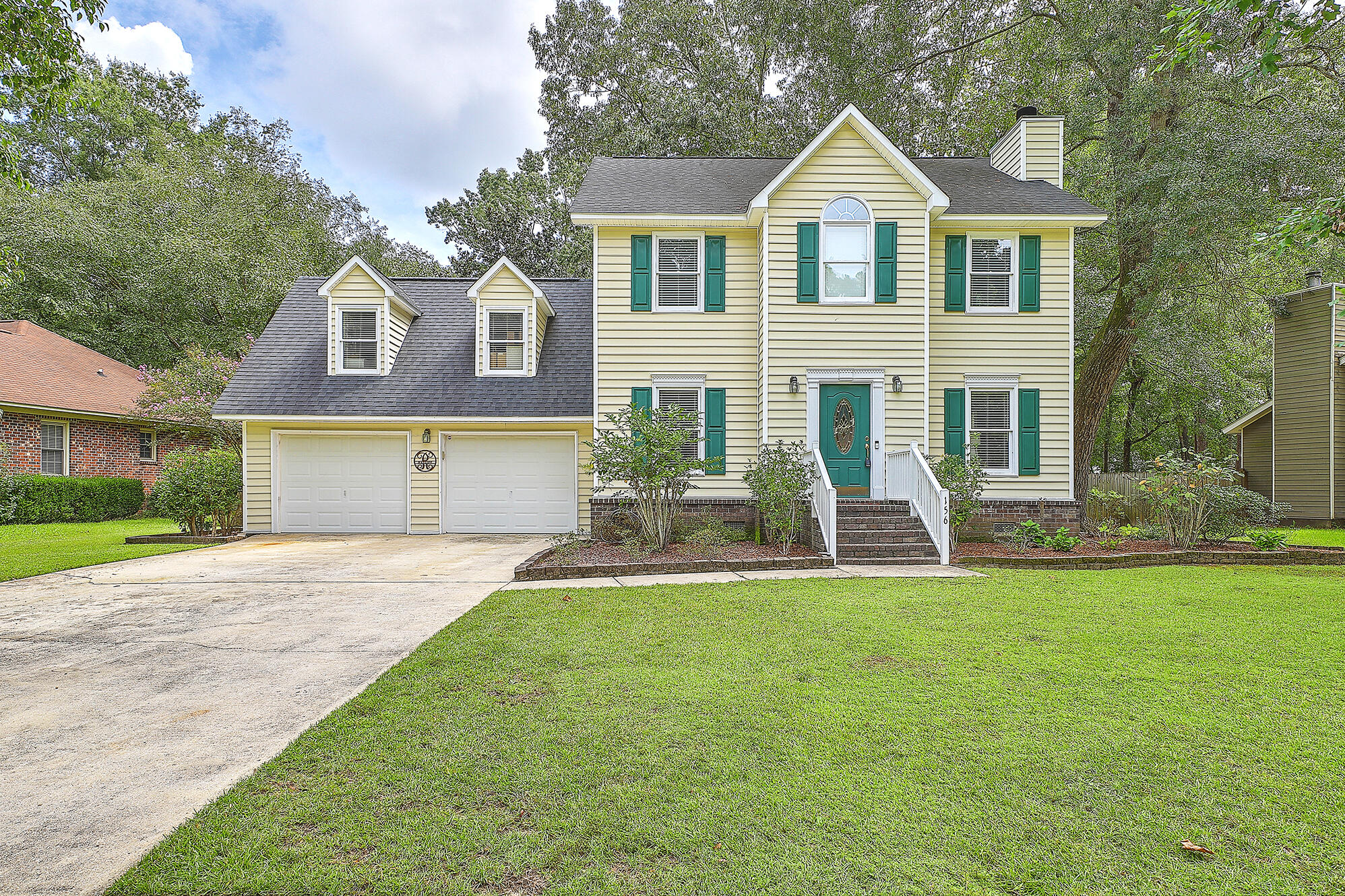 156 Hickory Trace Drive Goose Creek, SC 29445