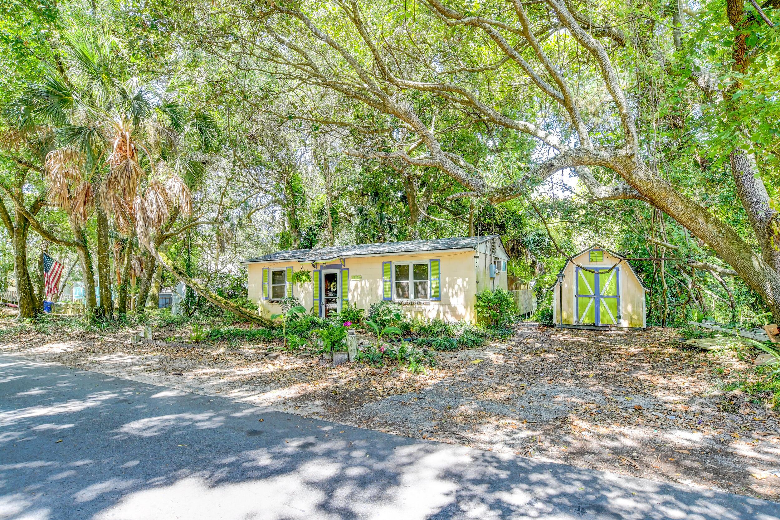 Folly Beach Homes For Sale - 310 Hudson, Folly Beach, SC - 10
