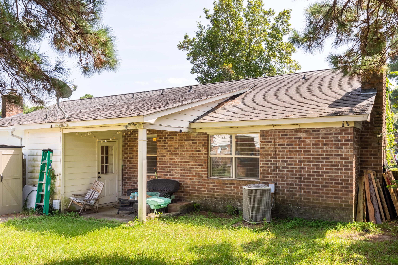 7744 Oldridge Road North Charleston, SC 29418