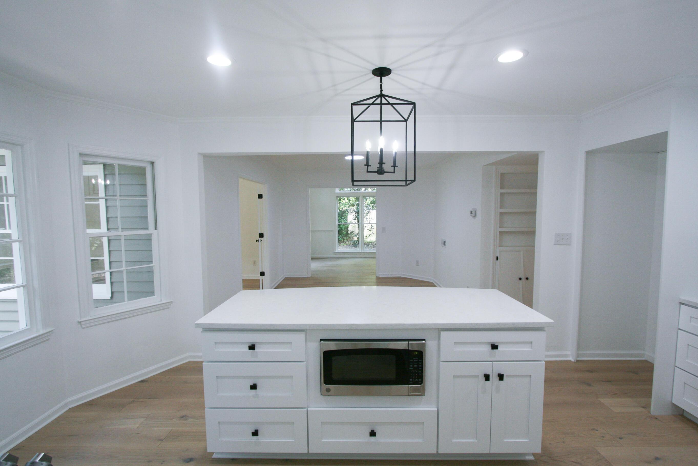 Snee Farm Homes For Sale - 1071 Ambassador, Mount Pleasant, SC - 24