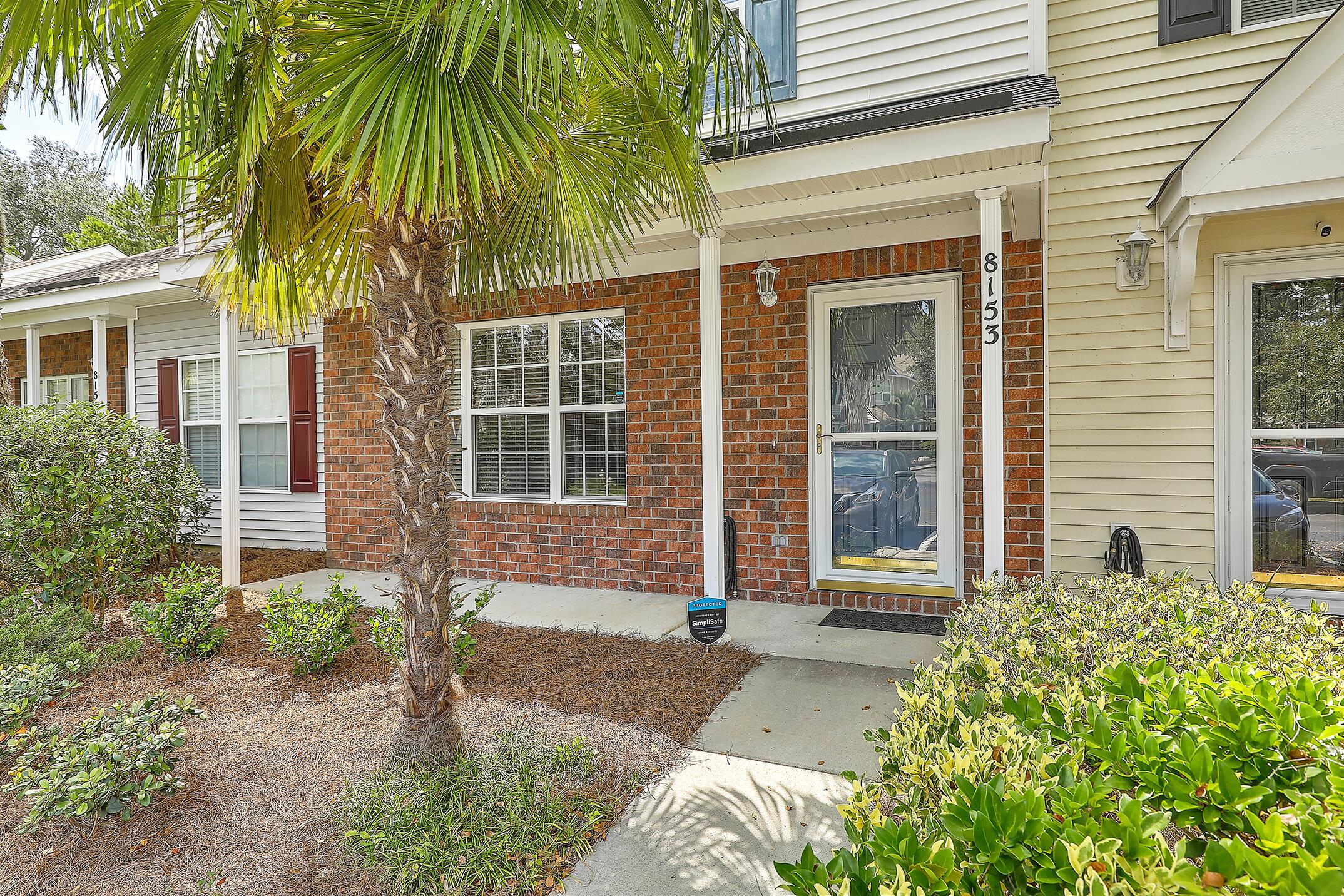 8153 Shadow Oak Drive North Charleston, SC 29406