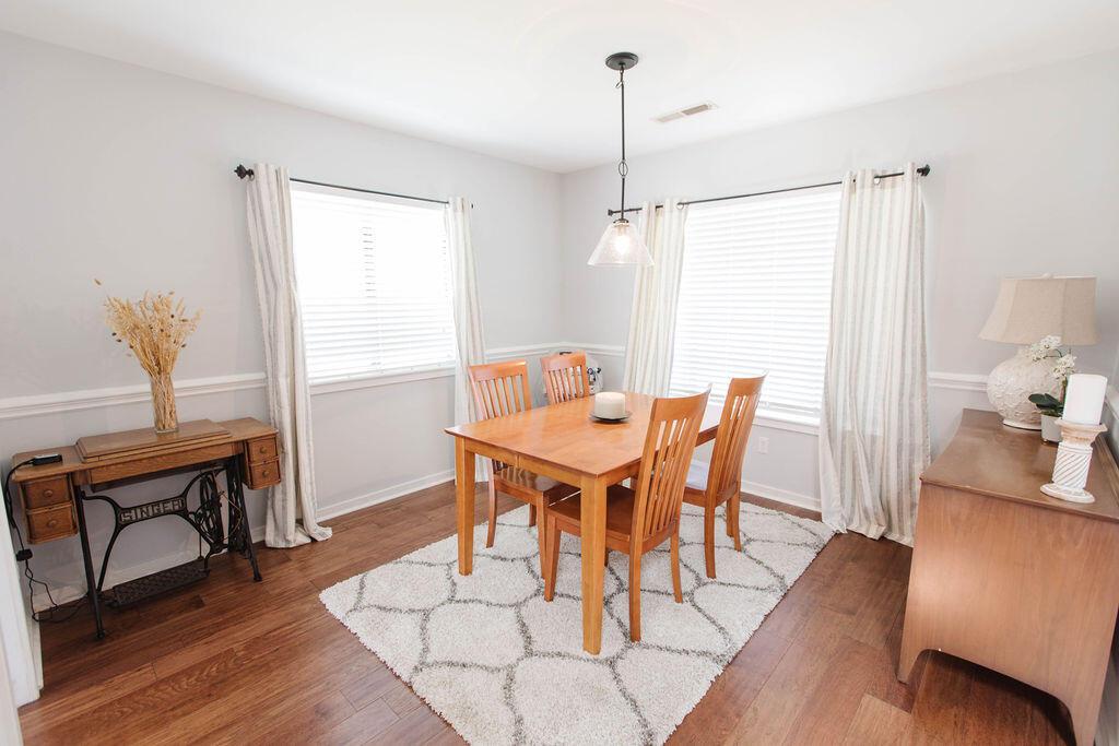 Snee Farm Homes For Sale - 1136 Honeysuckle, Mount Pleasant, SC - 28