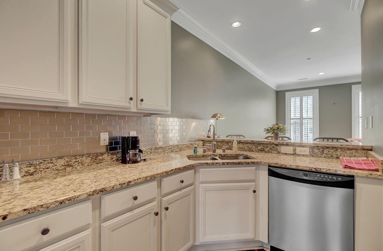 Six Fifty Six Coleman Homes For Sale - 656 Coleman Boulevard, Mount Pleasant, SC - 24
