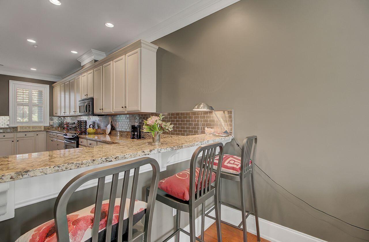 Six Fifty Six Coleman Homes For Sale - 656 Coleman Boulevard, Mount Pleasant, SC - 22