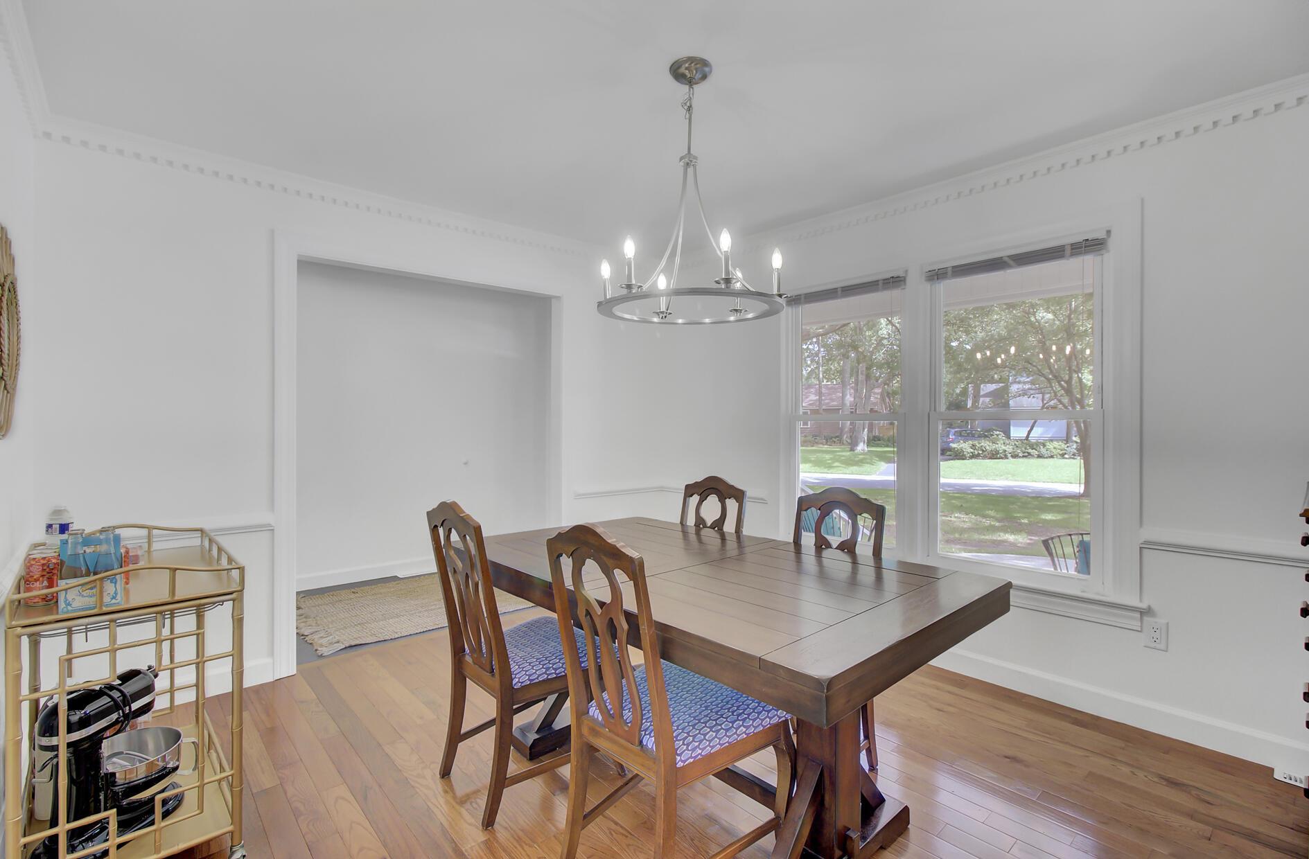 Snee Farm Homes For Sale - 1137 Parkway, Mount Pleasant, SC - 12