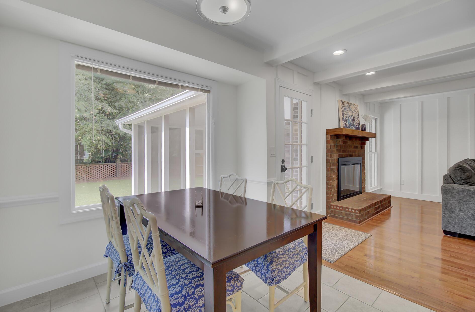 Snee Farm Homes For Sale - 1137 Parkway, Mount Pleasant, SC - 4
