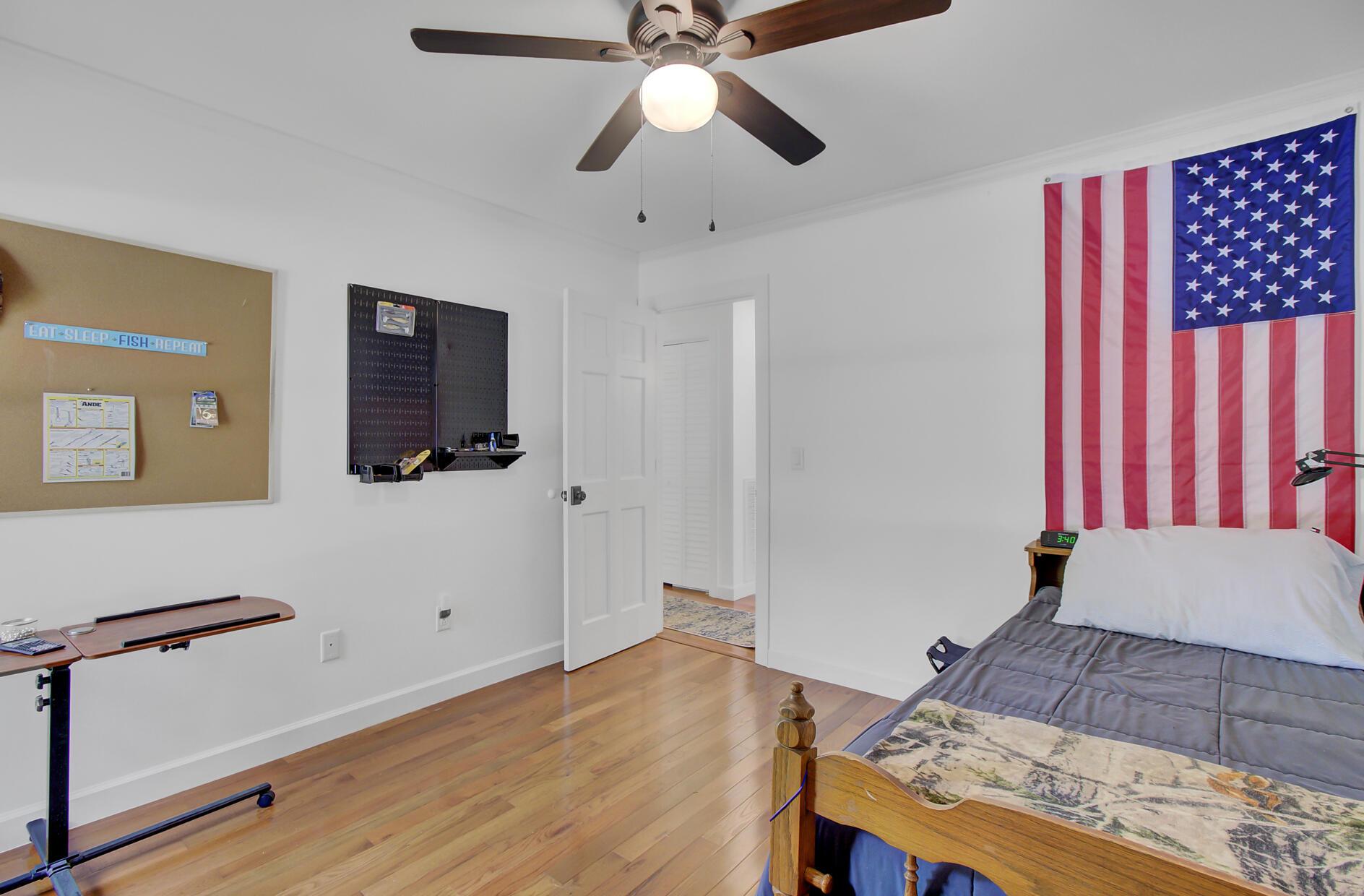 Snee Farm Homes For Sale - 1137 Parkway, Mount Pleasant, SC - 26