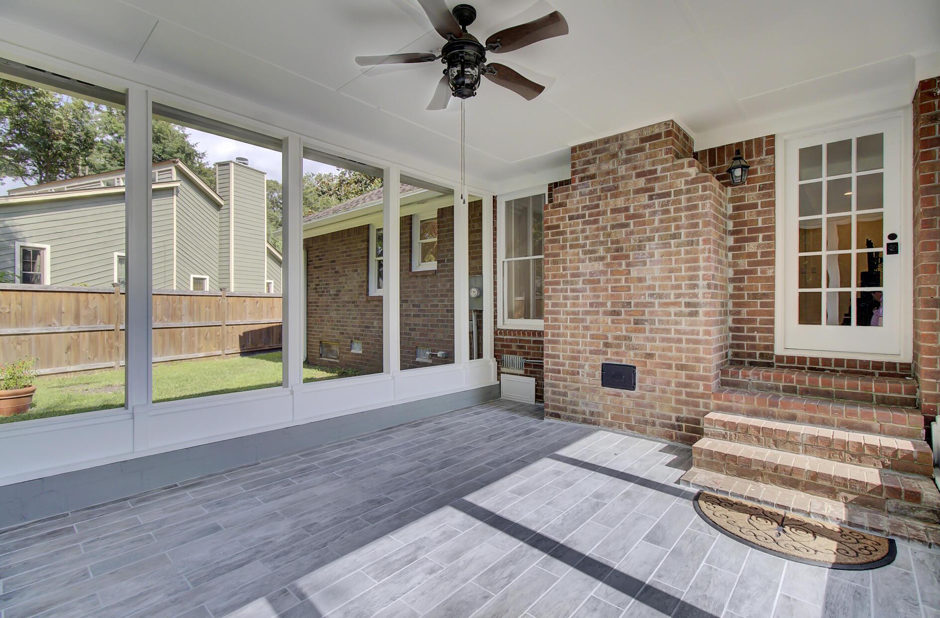 Snee Farm Homes For Sale - 1137 Parkway, Mount Pleasant, SC - 25