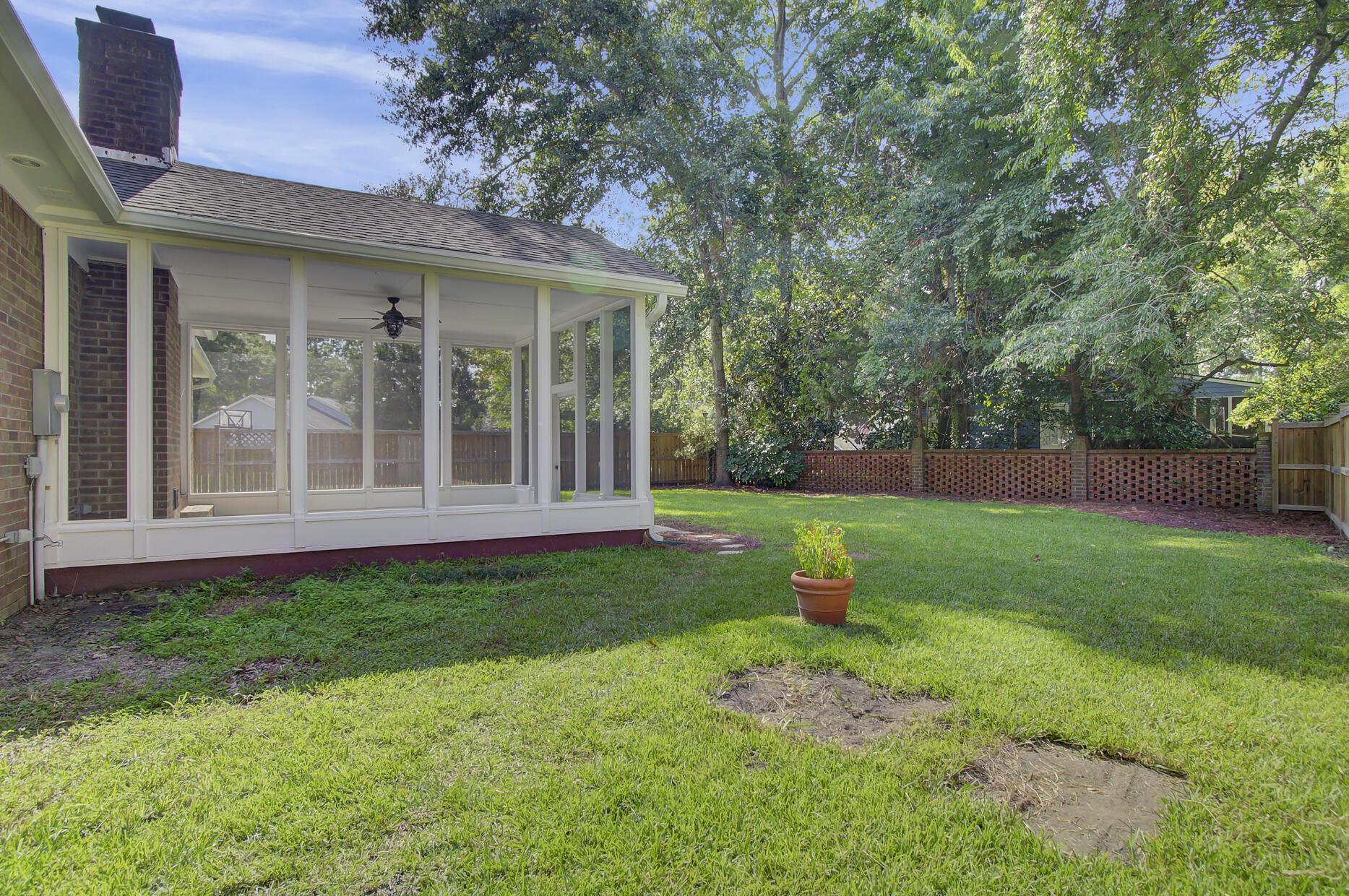 Snee Farm Homes For Sale - 1137 Parkway, Mount Pleasant, SC - 20