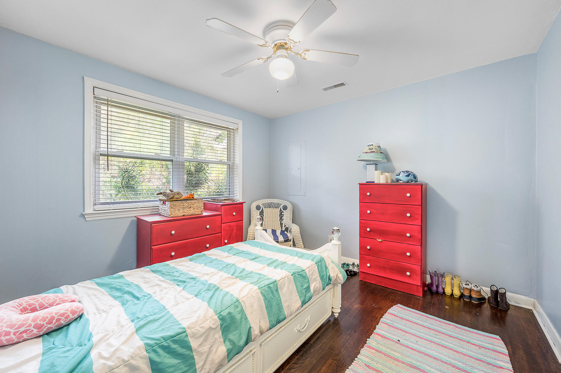 341 Stinson Drive Charleston, SC 29407