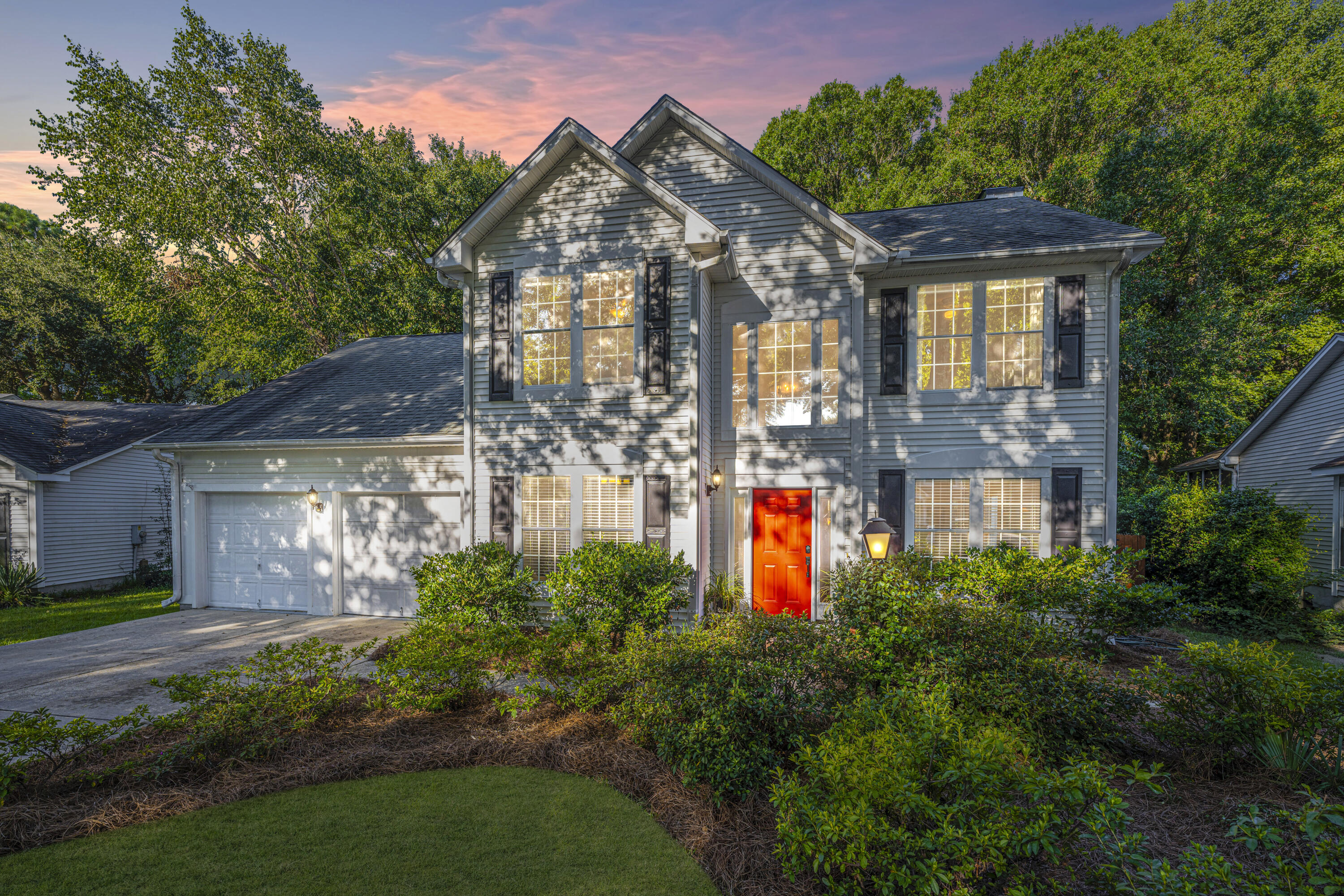 Waters Edge Homes For Sale - 2038 Country Manor, Mount Pleasant, SC - 4