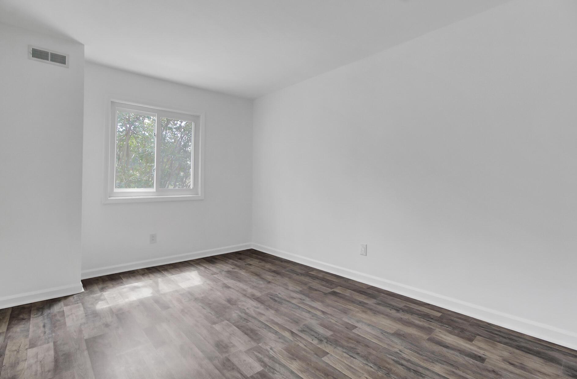 Snee Farm Homes For Sale - 504 Ventura, Mount Pleasant, SC - 9