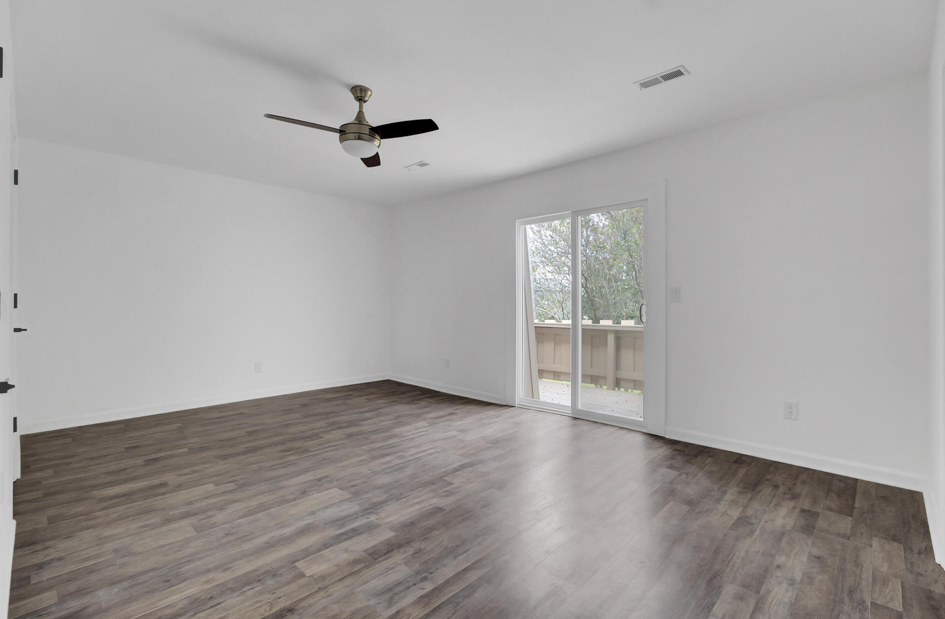 Snee Farm Homes For Sale - 504 Ventura, Mount Pleasant, SC - 2