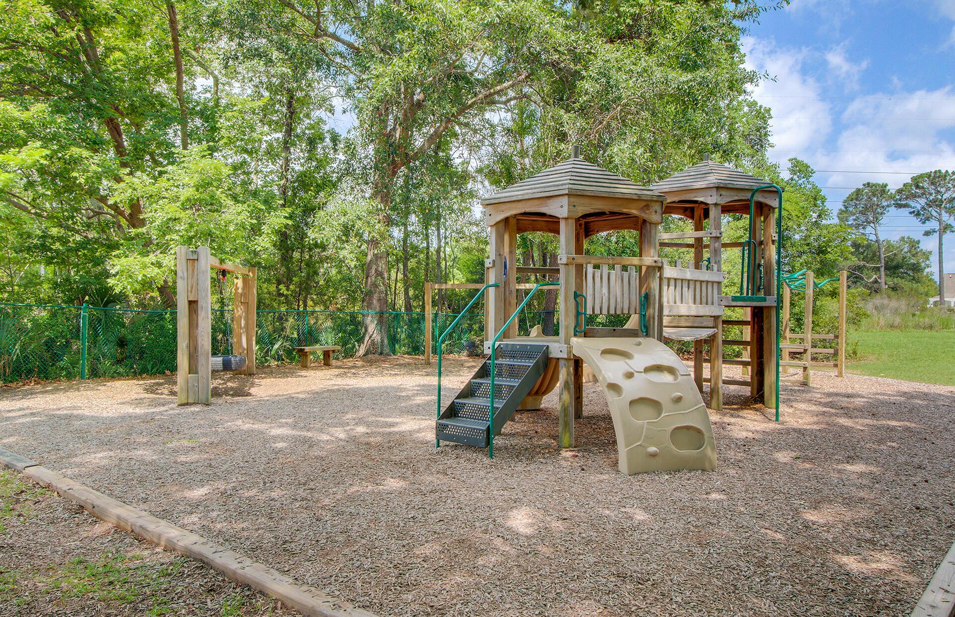 Longpoint Homes For Sale - 2001 Arundel, Mount Pleasant, SC - 44