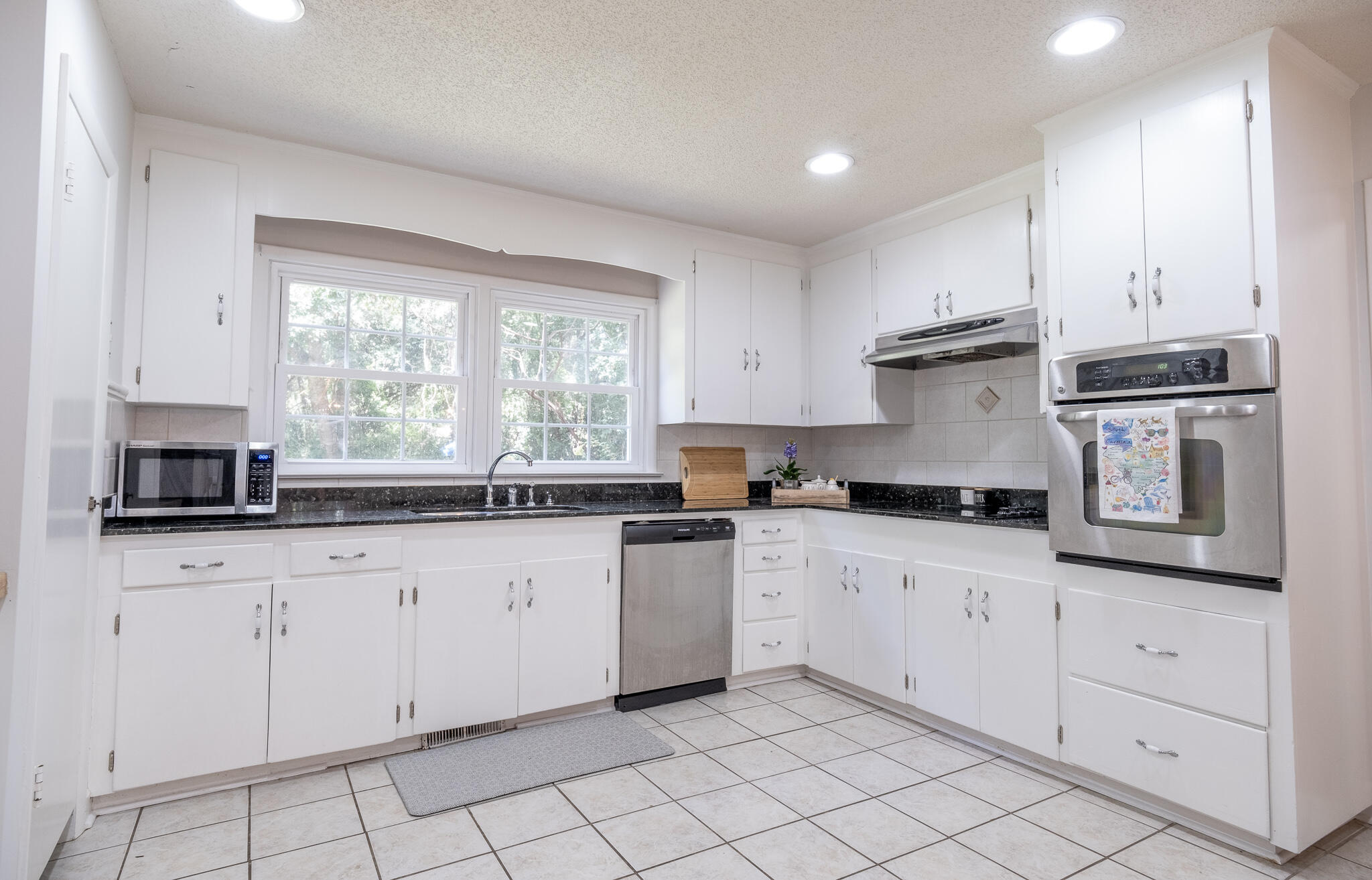 None Homes For Sale - 1110 Chuck Dawley, Mount Pleasant, SC - 16