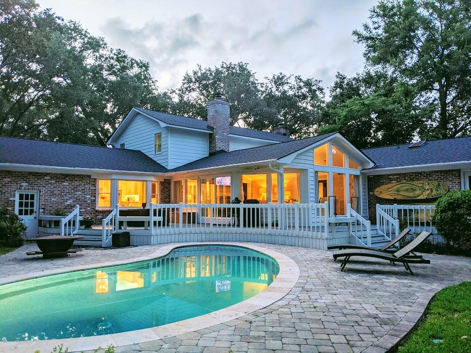 313 Coinbow Drive Mount Pleasant, SC 29464