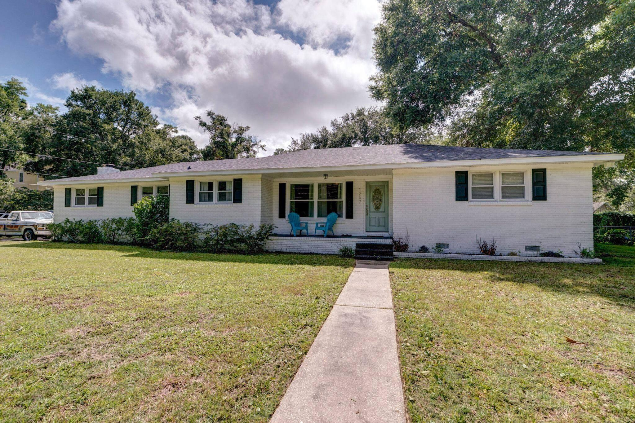 1257 Julian Clark Road Charleston, SC 29412