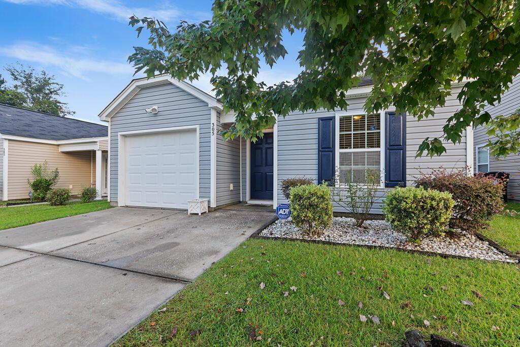 305 Salkahatchie Street Summerville, SC 29485