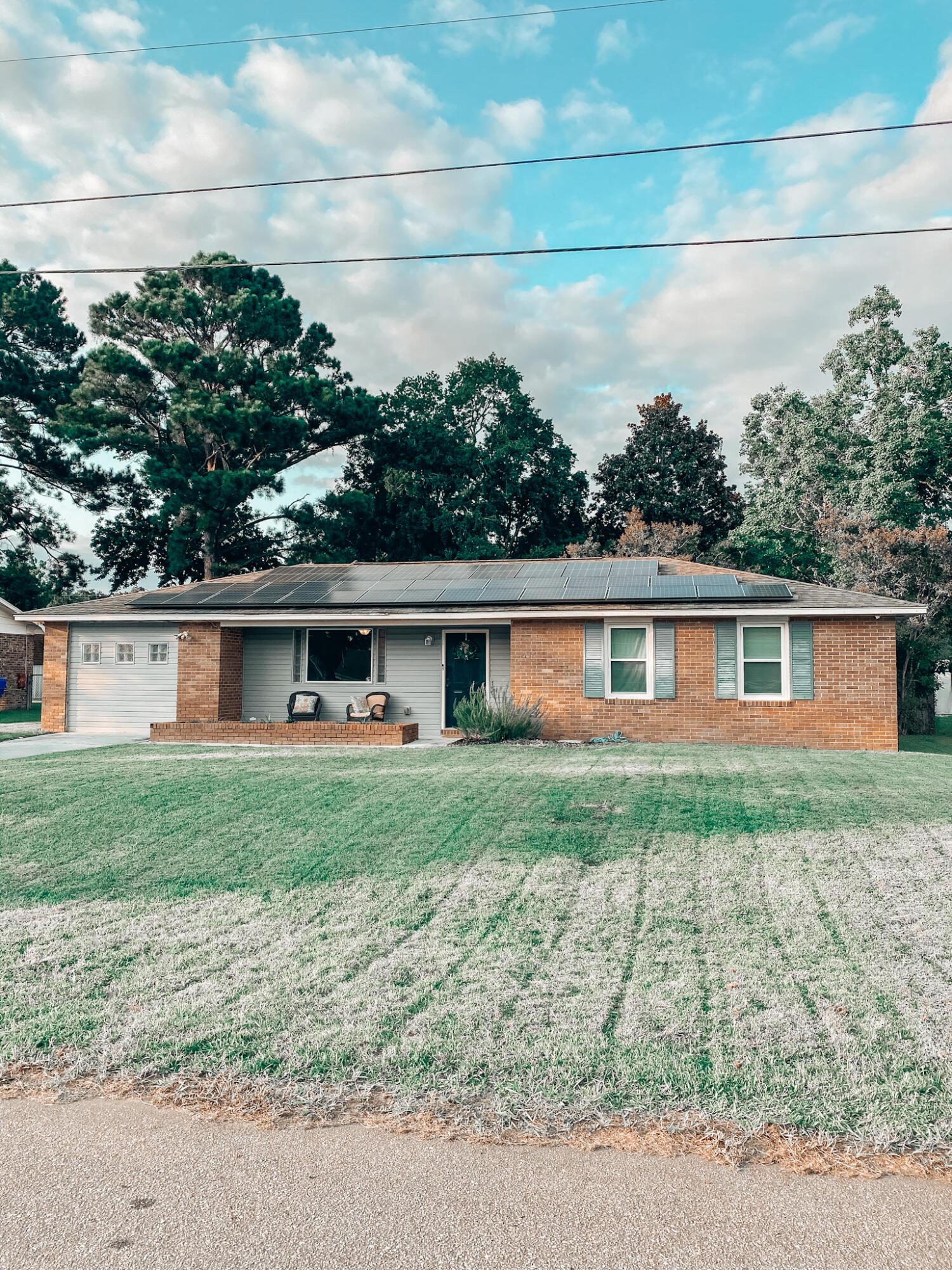 7708 Ovaldale Drive North Charleston, SC 29418