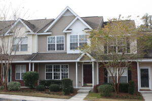 7925 Shadow Oak Drive, North Charleston, SC 29406