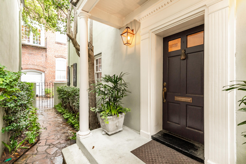 9 Elliott Street Charleston, SC 29401
