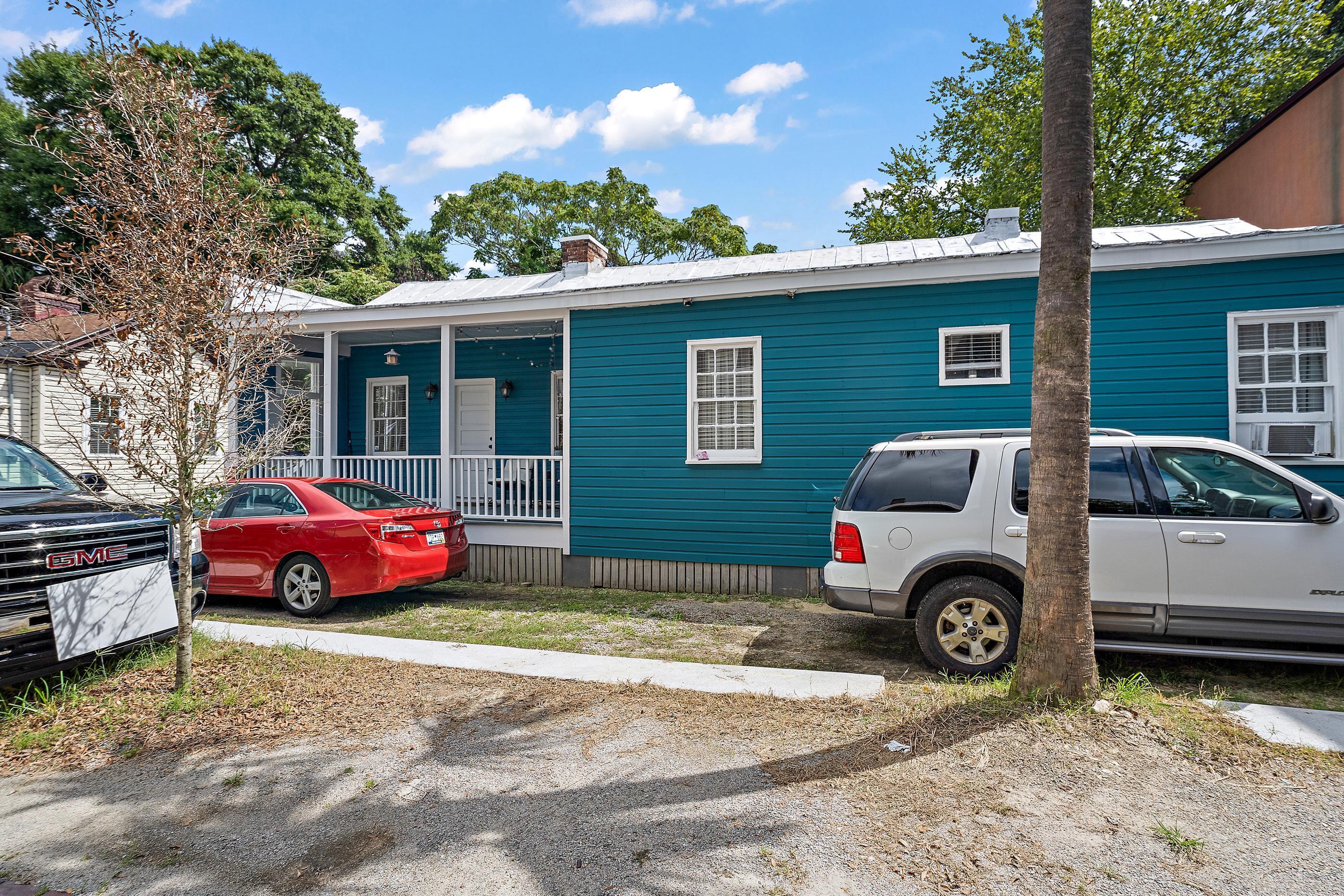 3 Kennedy Court Charleston, SC 29403