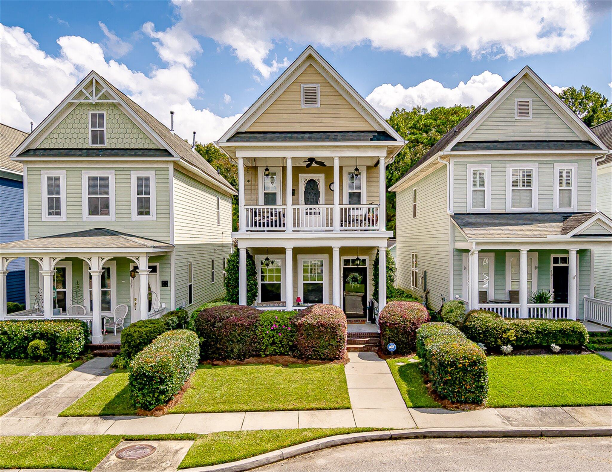 105 Hyacinth Street Summerville, SC 29483