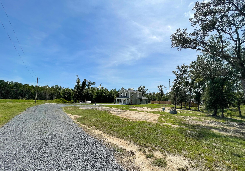 1086 Irving Manigualt Road Mcclellanville, SC 29458