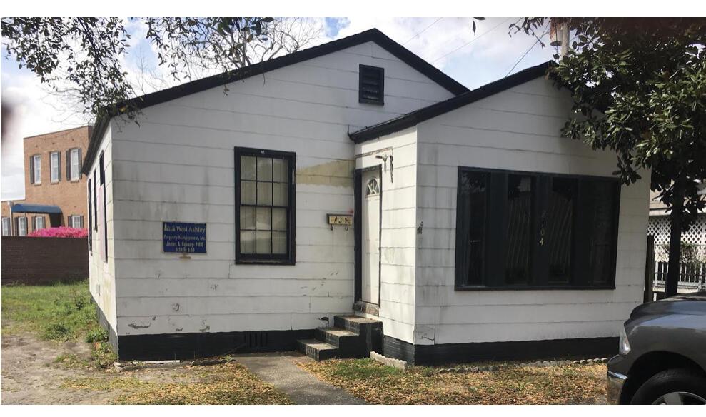 2104 Commander Road North Charleston, SC 29405