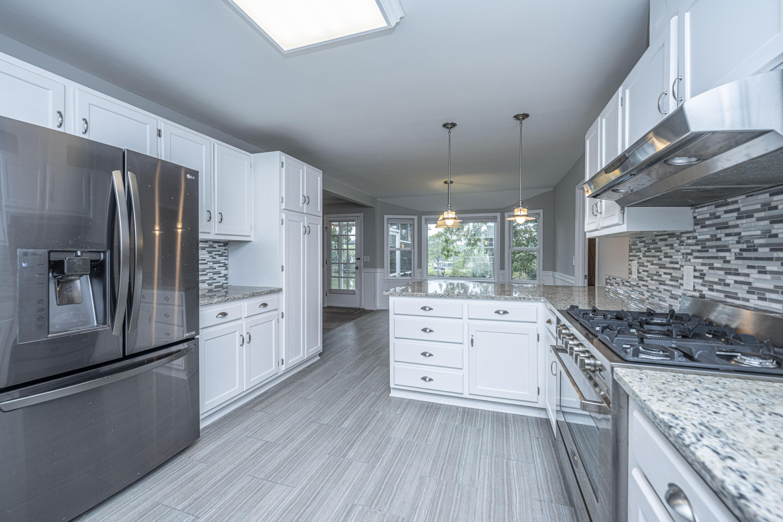 Ashborough Homes For Sale - 114 Lakeview, Summerville, SC - 27